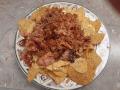 Smoked chicken & salsa nachos